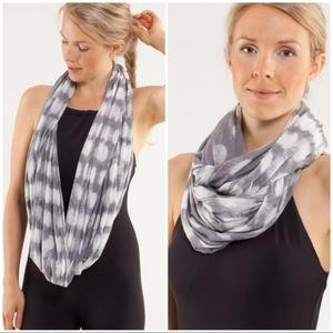 Lululemon Om Your Heart Out Scarf